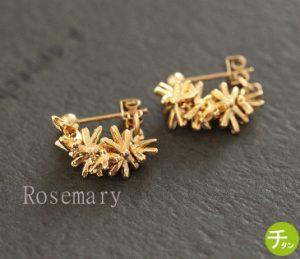 チタンポストの小花フープピアス